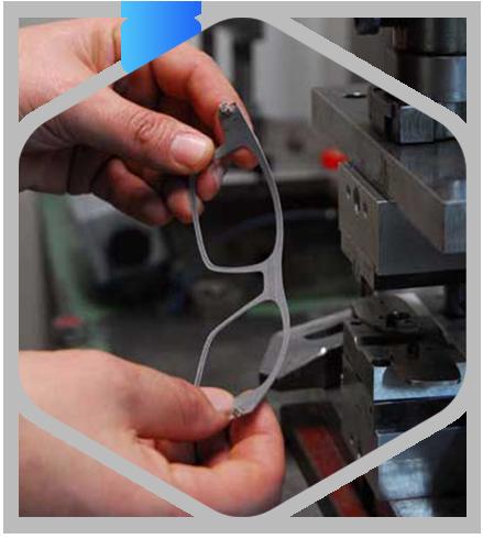 Façonnage - Fabricant Lunetterie Jura - Découpe Laser